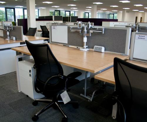 Humanscale M/Flex Multi-Monitor Arm System Office Single Desk